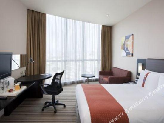 台中公園智選假日飯店(Holiday Inn Express Taichung Park)標準雙人房