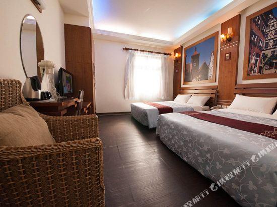 屏東墾丁大街海逸渡假旅店民宿(Haiye Guest House Hostel)月境_月嵐小鎮四人套房