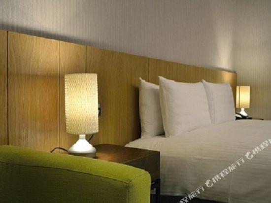 頭等艙飯店(台中綠園道館)(Airline Inn Taichung Green Park Way)標準雙人房