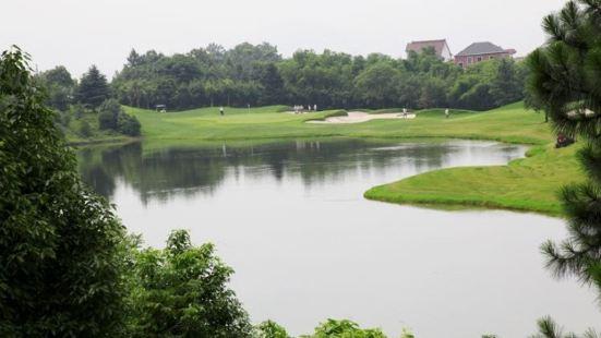 富春山居高爾夫球場