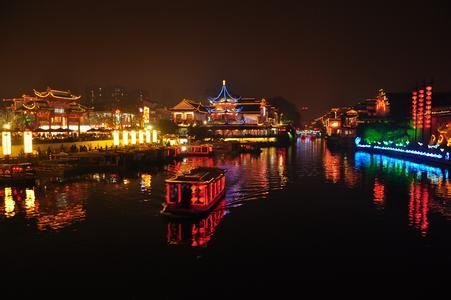 Qinhuai River Boat Tour3