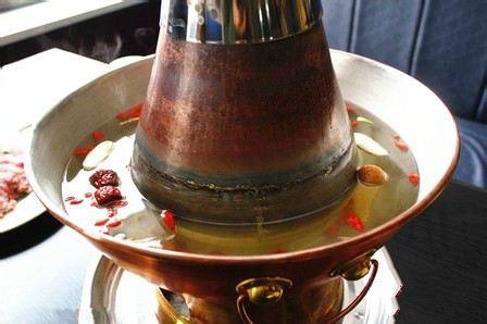 老北京鮮羊肉木炭火鍋總店
