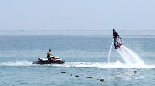 Yalong Bay Ride World Sea Sports Center