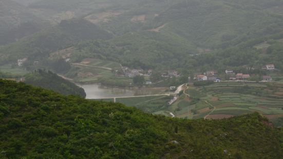 Dingjun Mountain