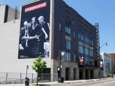 Steppenwolf Theatre Co