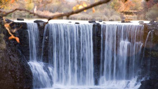 Diaoshuilou Waterfall