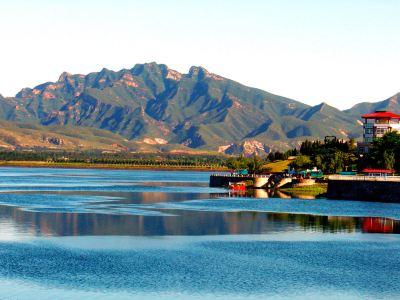 Qinglong Lake Park