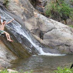 Mor Paeng Waterfall User Photo