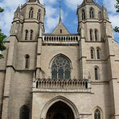 聖貝尼涅大教堂用戶圖片