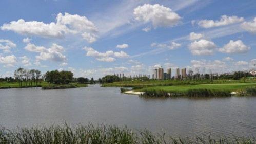 千湖國際高爾夫球會