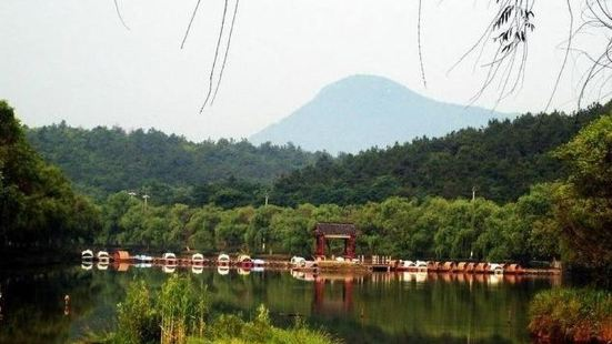 Nanjing Jiangjun Mountain Tourism Scenic Area