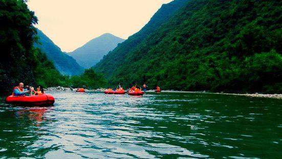 龍王峽漂流