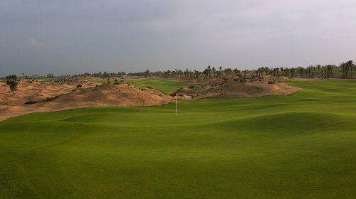 雲南騰沖世紀金源高爾夫球會