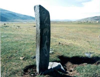 白山布紀念碑