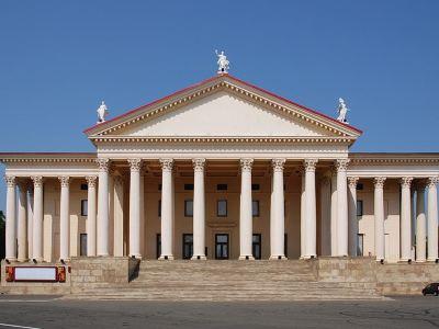 Zimniy劇院