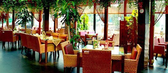 Feng Yue Wu Bian Restaurant (1881 Peninsula Hotel)