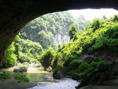 Tianshengqiao karst cave