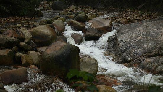 龍井峽瀑布