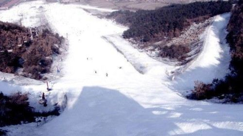 東風湖冰雪大世界
