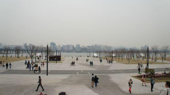 반포대교남단 한강시민공원입구