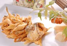 宁波美食图片-腐皮包黄鱼