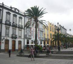 Plaza de Santa Ana User Photo