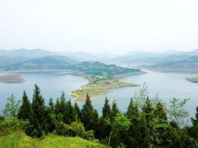 Shengzhong Lake