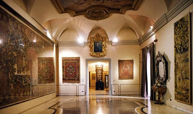 波爾迪佩佐利博物館
