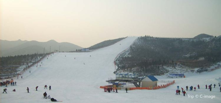 廟香山滑雪場