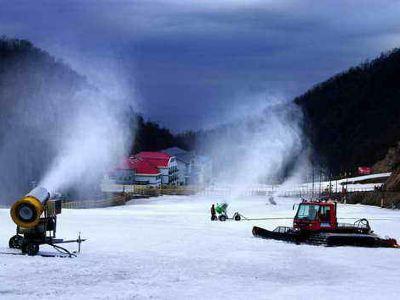 伏牛山滑雪度假樂園