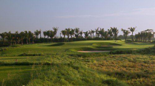 海南富力紅樹灣高爾夫球會