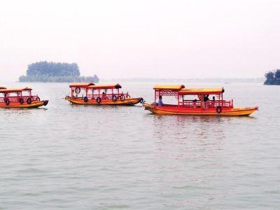 柳葉湖遊船