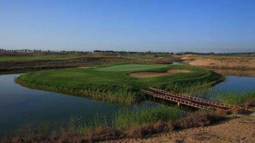 Guangzhou International Golf Club Parking Lot
