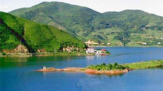 Fengze Lake