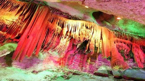 魯山溶洞群風景區