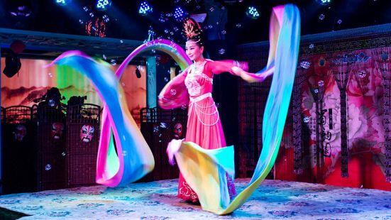 Chengdu Image Watching Sichuan Opera