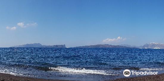 火山口沙灘