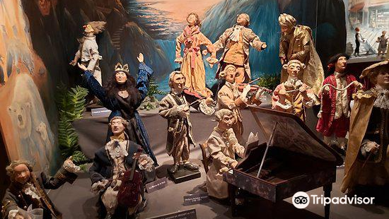 EMA自動玩偶博物館
