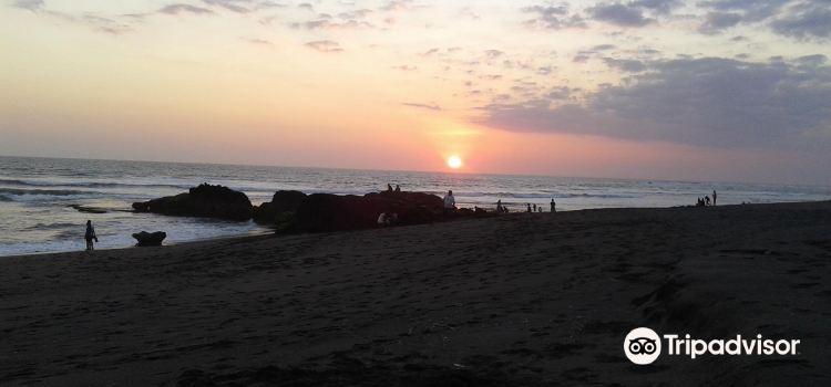 Nelayan Beach3