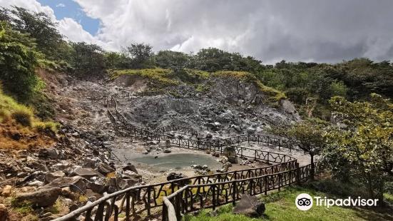 Las Hornillas Volcano Hot Springs