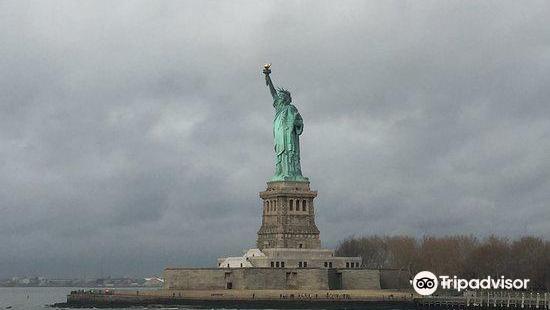 紐約市旅遊會展局官方遊客資訊中心