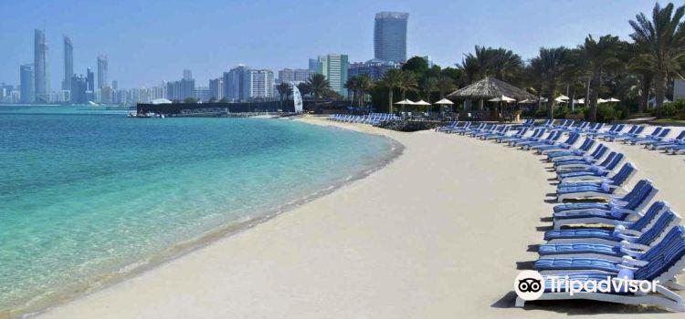 Bateen Beach2