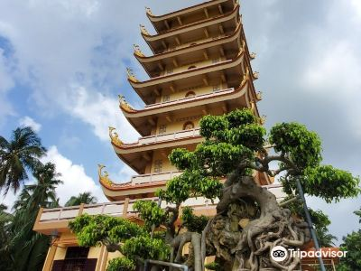 Vinh Trang Temple