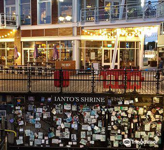 Ianto's Shrine