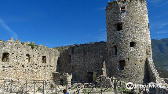 Castello di Avella