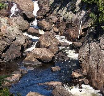 蘇必利爾湖省立公園