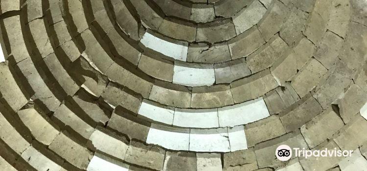 Thracian Temple of Starosel3
