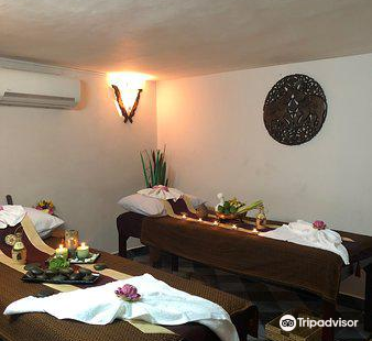 Aroha Spa & Massage