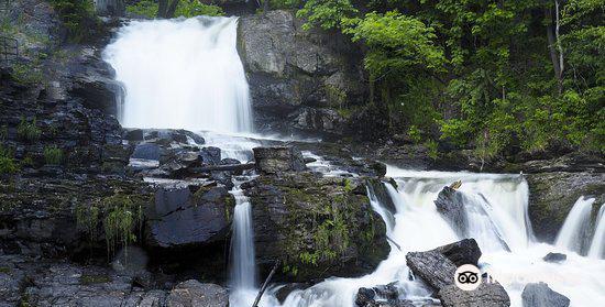 Waterfall at Molla