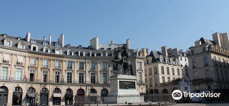Place des Victoires3